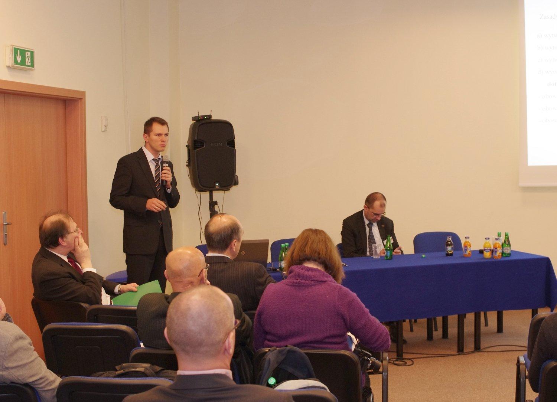 Burzliwą dyskusję wywołało wystąpienie przedstawiciela Ministerstwa Gospodarki, p. Łukasza Tomaszewskiego, poświęcone nowemu projektowi ustawy o OZE